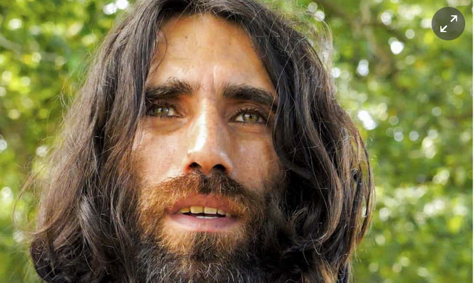 Truth to power: translating  Behrouz Boochani's masterpiece