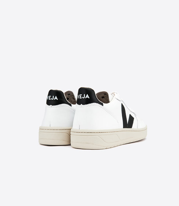Baskets V-10 Extra White Black