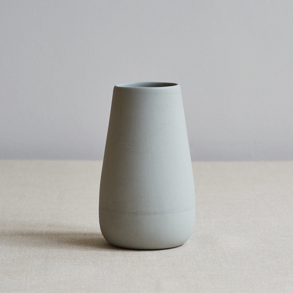Eadie Vase, Pale Grey