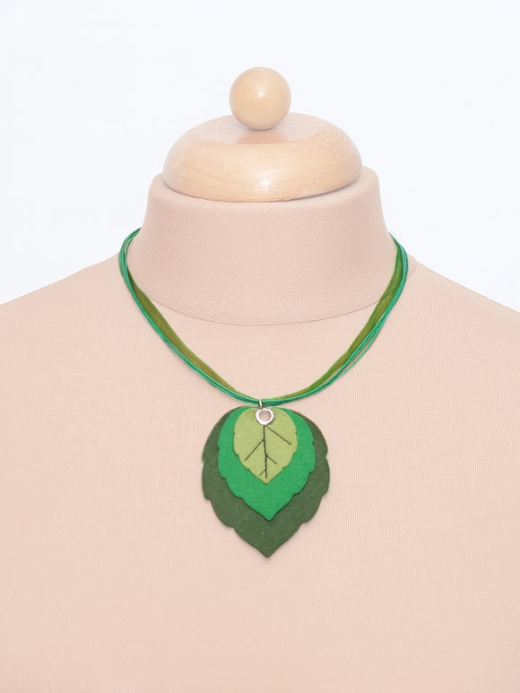 Handmade Leafy Necklace - Spring Green - TPF Faerie Wear