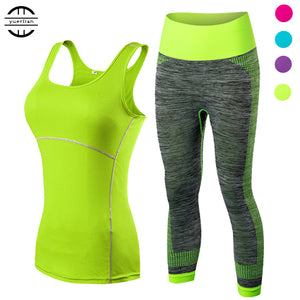 Women's 2 Piece Yoga Set - Cropped Top & 3/4 Leggings