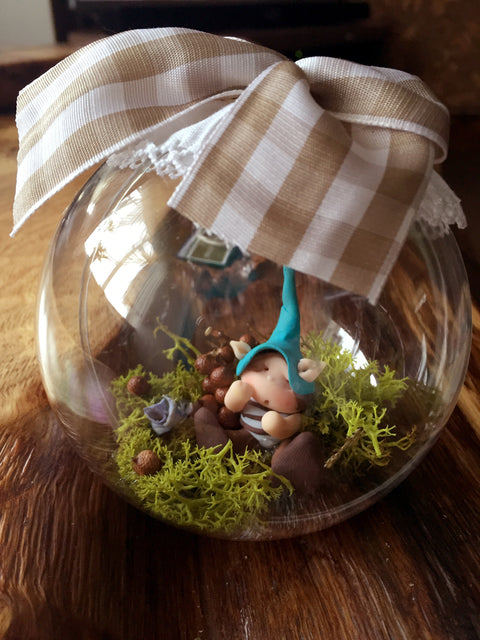 Irish fairy doors handmade irish gifts the little dearies we produce high quality handmade irish fairy doors as gifts perfect for him or her this design project is aimed at designing the most intriguing gift ideas negle Choice Image
