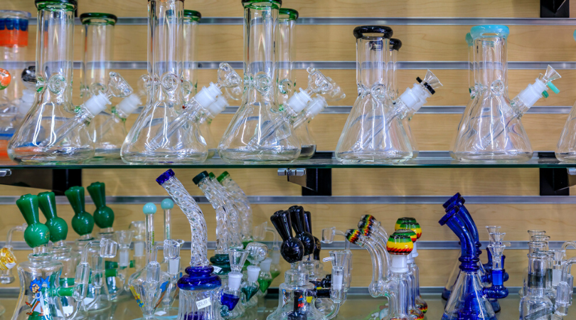 Mini Bongs: The 15 Best Small Glass Bongs Out There