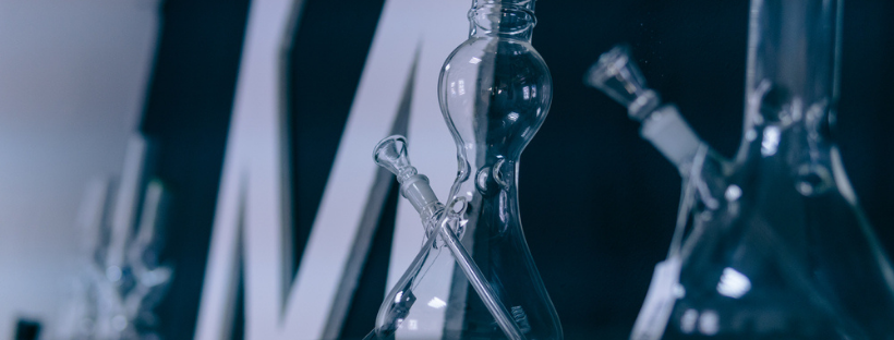 Advantages Of Buying Bongs Online