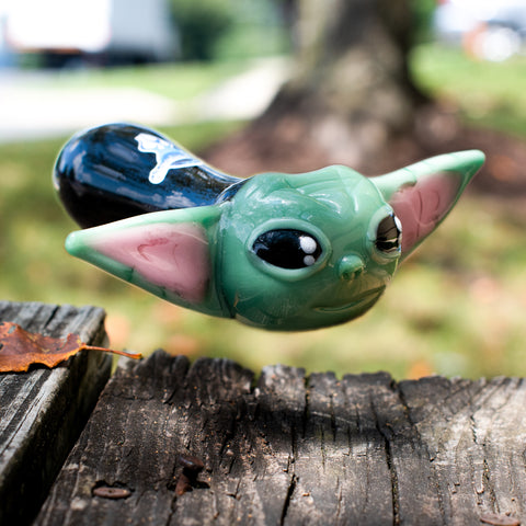 Themed pipes