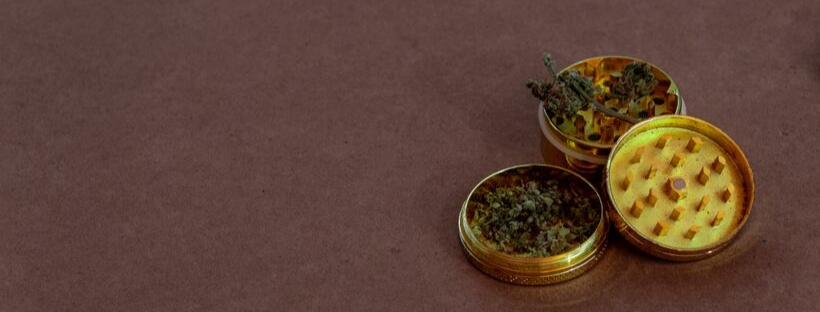 Signs That You Need to Clean Your Grinder