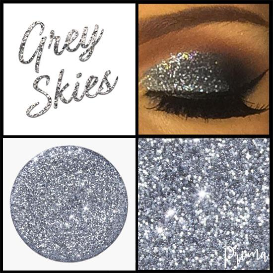 Prima Makeup Pressed Glitter Multi-Tonal Grey Eyeshadow  - Grey Skies