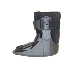 Cam Walker Boot-Short (Moon Boot)