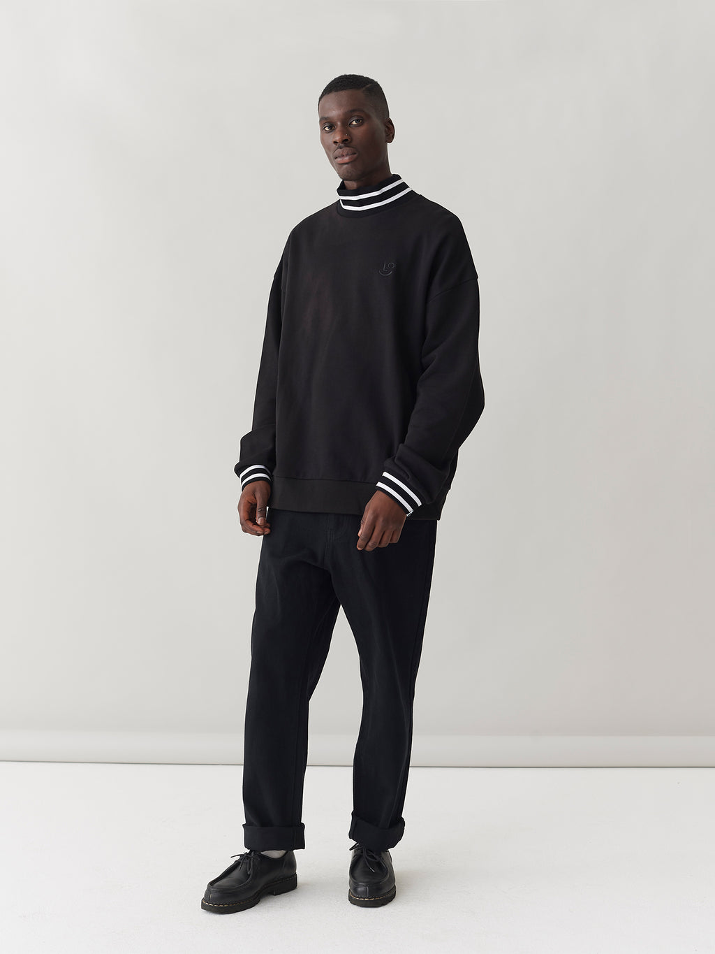 LO High Neck Sweatshirt