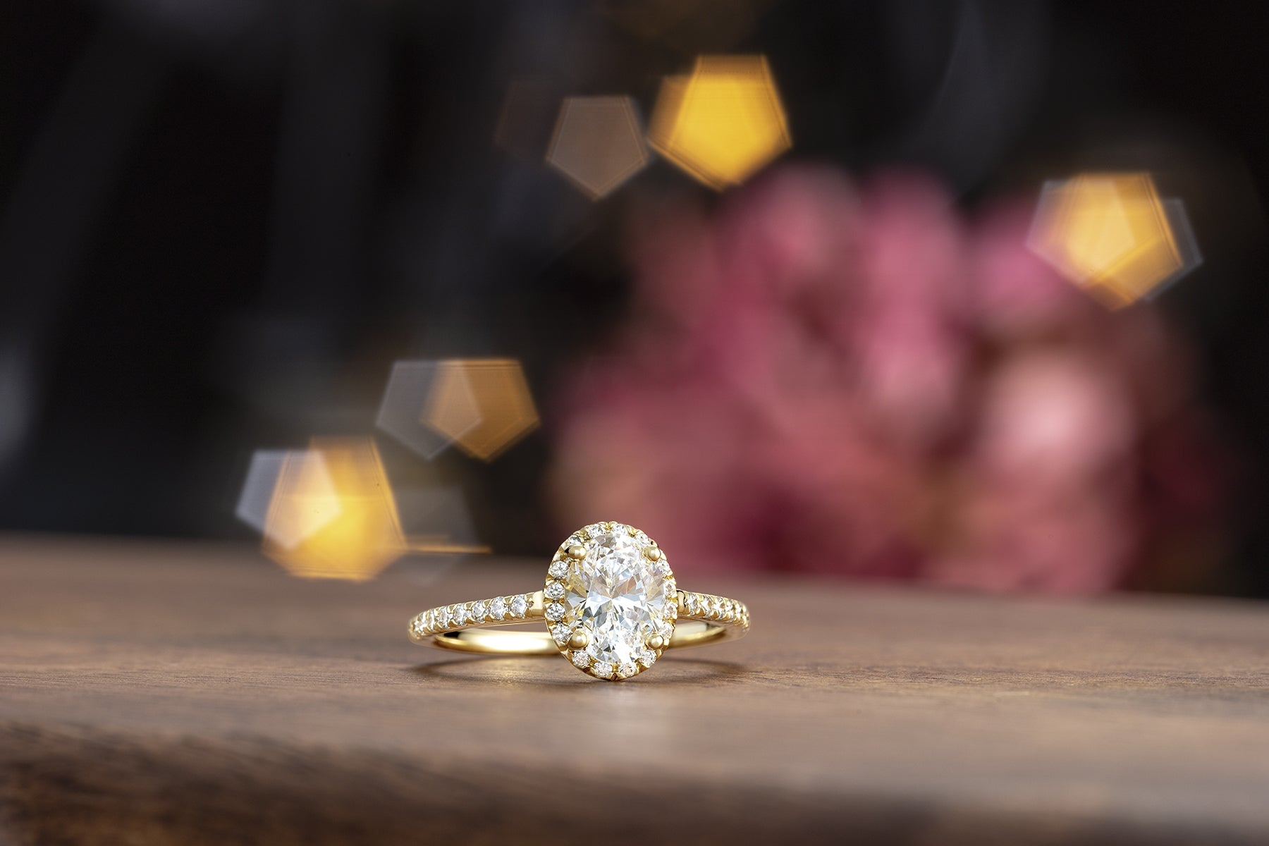 "What does ""French Set"" mean for an Engagement Ring or Wedding Band?"