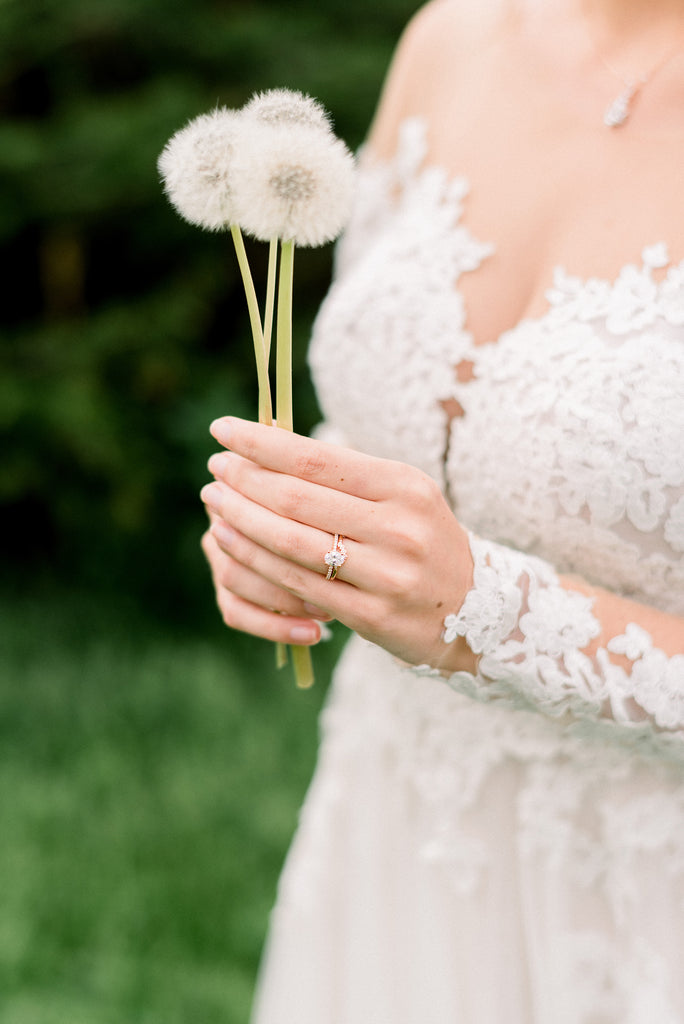 Dandelion bouquet wedding dress