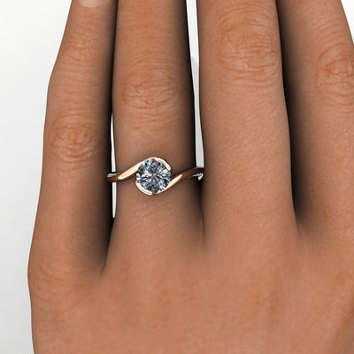 Half-bezel bypass accented solitaire Soha Diamond Co.