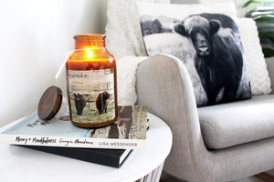 loumirandaaco Candle Highland Cow Soy Candle
