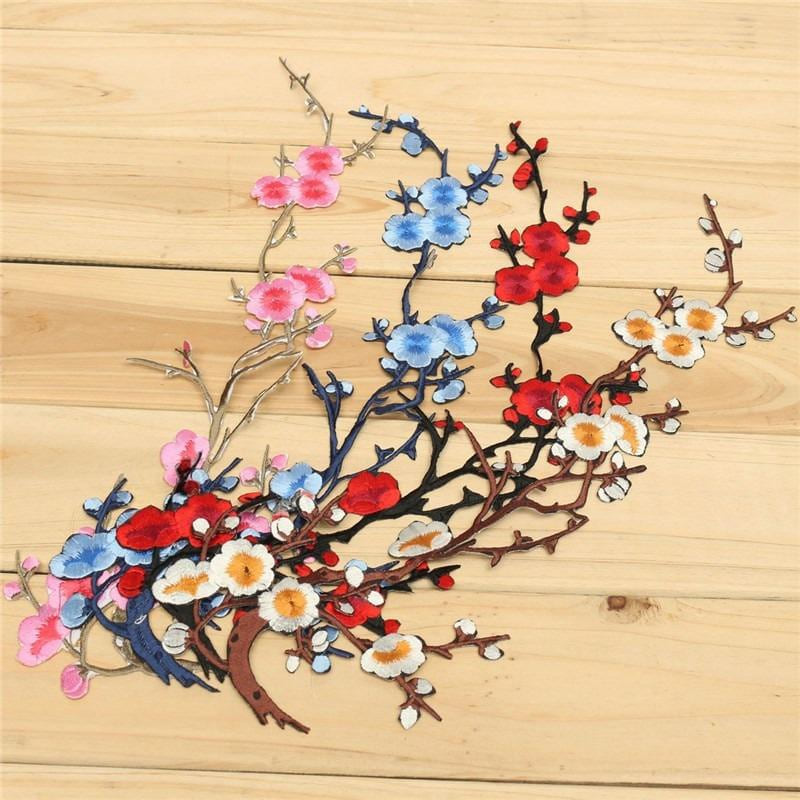 New Plum Blossom Flower Applique Clothing Embroidery Patch Fabric Sticker Iron On Sew On Patch Craft Sewing Repair Embroidered - MAXMARTZ