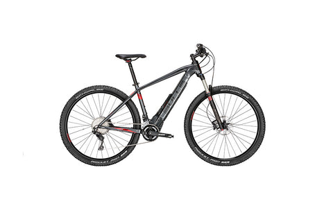 At Crazy Lenny's E-Bikes you'll find the E-STREAM EVO 3 29 is perfect combination of strength and stamina, this classic-looking e-bike is the perfect ride on or off the road.