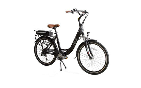 EG Athens 250 includes key features found on more expensive models: front and rear LED lights, a removable Lithium-ion battery pack, fenders, a suspension fork and two drive modes (assist or throttle)