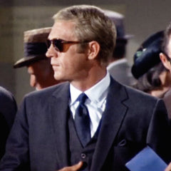 Steve McQueen in Thomas Crown Affair Travelling with passport
