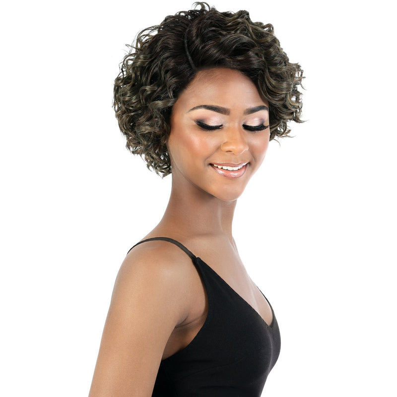 DP.Aliya - Short Length Curly Synthetic Wig | Motown Tress