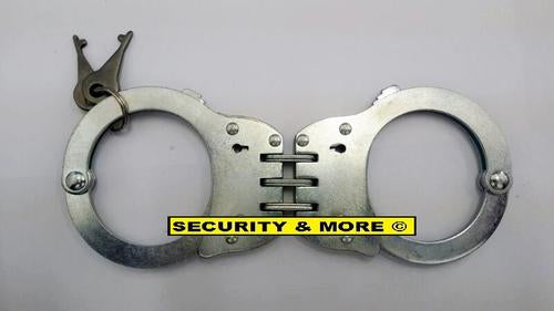 POLICE GRADE HANDCUFFS WITH POUCH