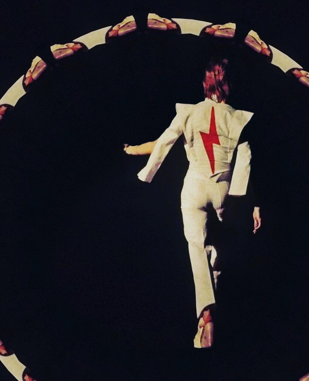 THE RENAISSANCE OF BOWIE