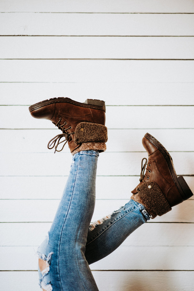 Betta Combat Boots in Tan