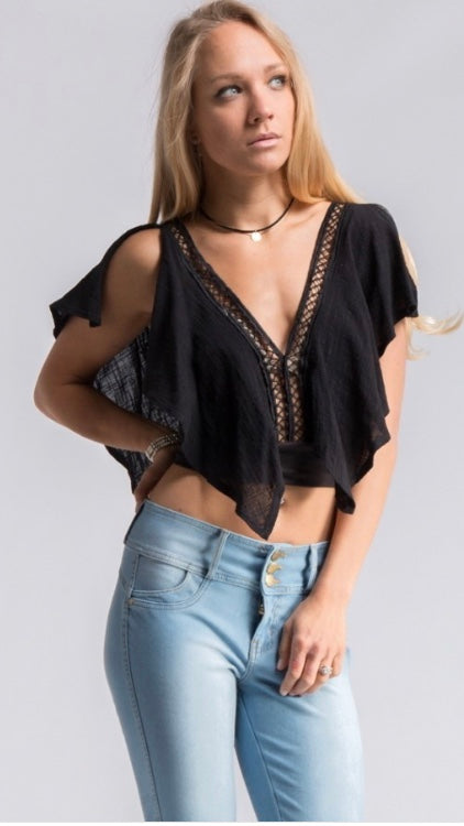 Black Out Crop Top