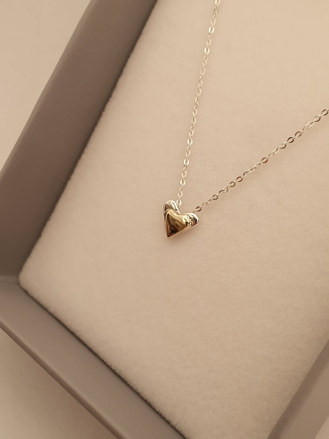 925 Sterling silver & 9ct gold heart necklace