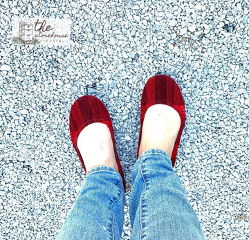 EXCLUSIVE Storehouse Flats LIMITED EDITION Christmas Classic Suede