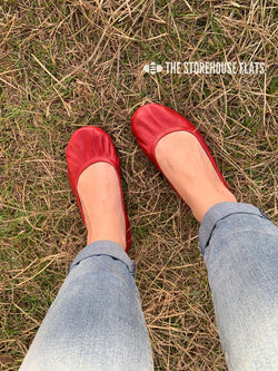 IN STOCK Storehouse Flats OIL TANNED Cherry Red