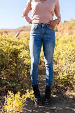 Judy Blue Nothing's Destroyed Lightwash Jeans