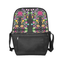 Floral Beadwork New Messenger Bag (Model 1667) New Messenger Bags (1667) e-joyer