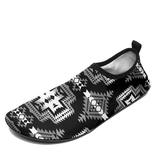 Pretty Blanket Black and White Sockamoccs Slip On Shoes 49 Dzine