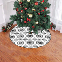 "Pretty Blanket White and Black Christmas Tree Skirt 47"" x 47"" Christmas Tree Skirt e-joyer"