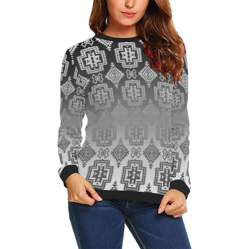 Pretty Blanket White and Black Trade All Over Print Crewneck Sweatshirt for Women (Model H18) Crewneck Sweatshirt for Women (H18) e-joyer