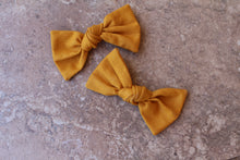Load image into Gallery viewer, Mustard Knot Baylee Boo Bows