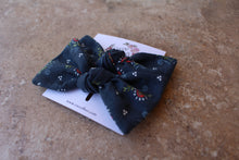 Load image into Gallery viewer, Navy Floral Baylee Boo Bows