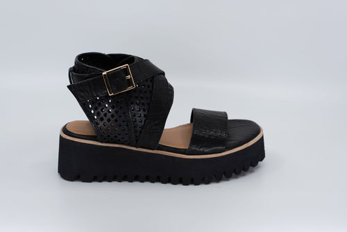 Flatform Perf Wrap in Black