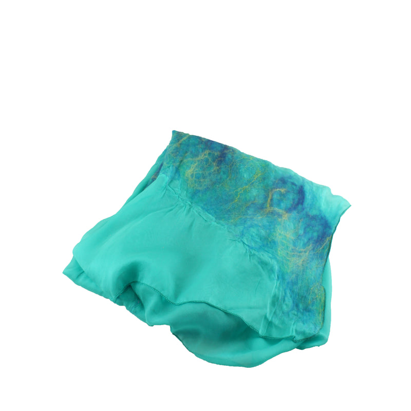 Romantic Medium in Capri Aqua