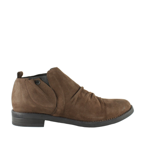 Pina in Brown Eagle Nubuck