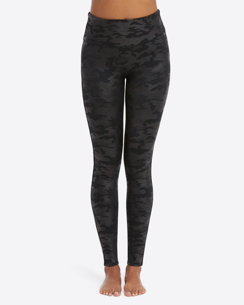 Faux Leather Leggings in Black Camo