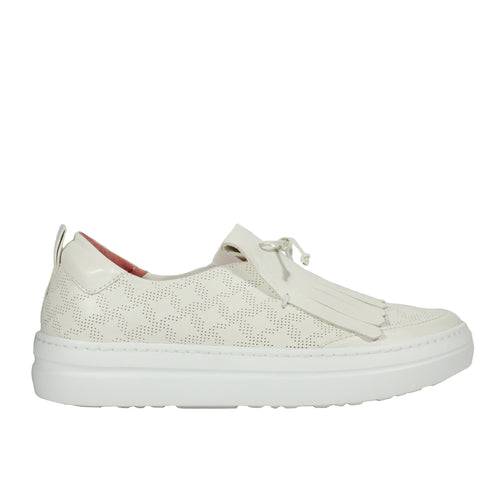 2313A in White sneakers