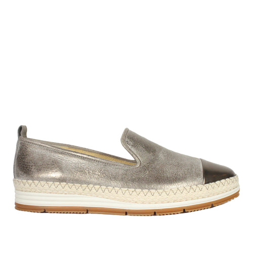 Posh in Earth Metallic sneakers