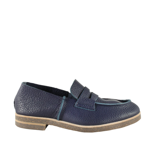 Loafer in Navy