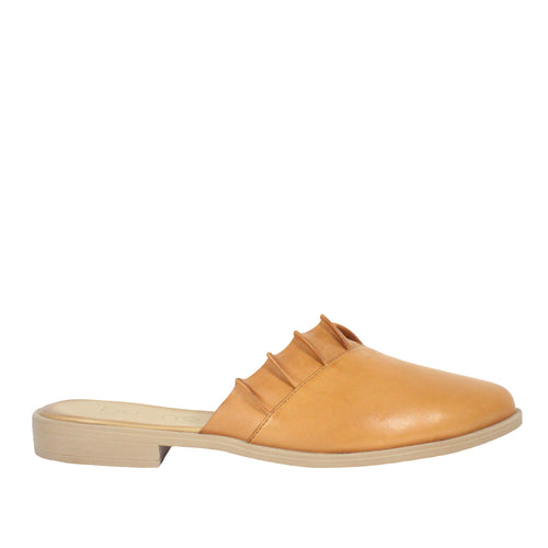 Bess in Tan bueno womens