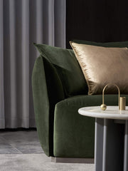 J&M Golden rules - Contemporary decor accents with a spark - lustre couch
