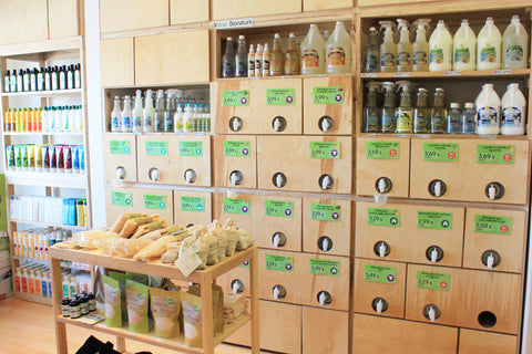 Eco-friendly bulk products at L'escale Verte in Montreal Canada