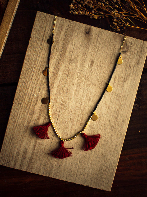 Traveling Tassel Necklace Rose