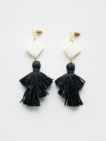 Abbey Earrings Black