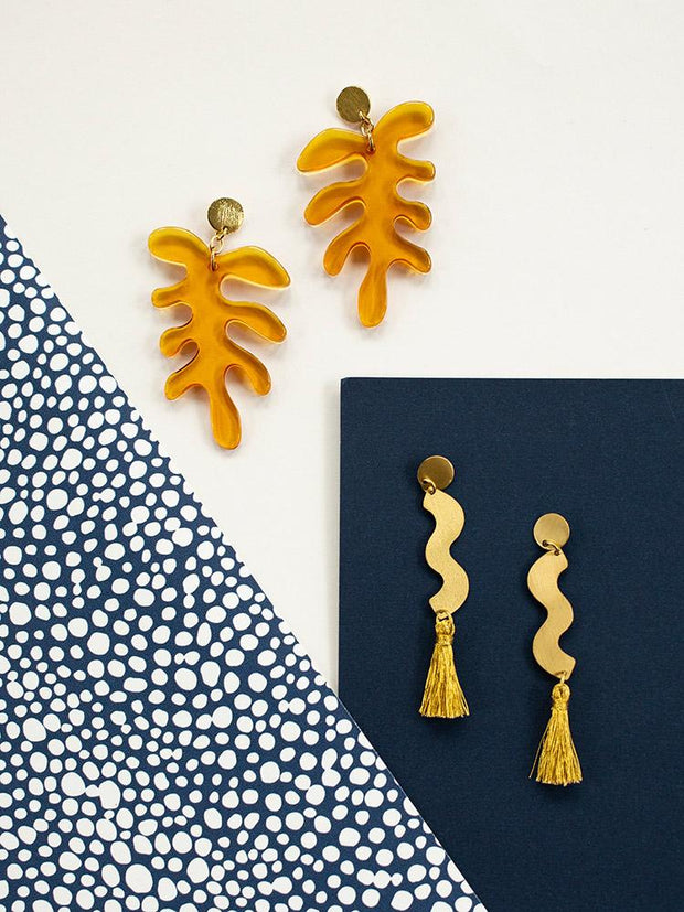 Sisley Squiggle Studs Gold