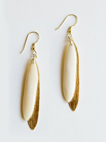 Sona Earrings White